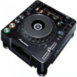 DJ & Stage